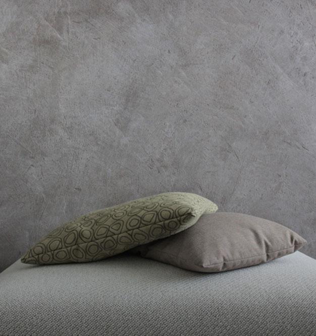 CARAMOR® behind a sofa